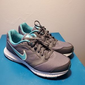 Nike Shoes - Womens sneaker